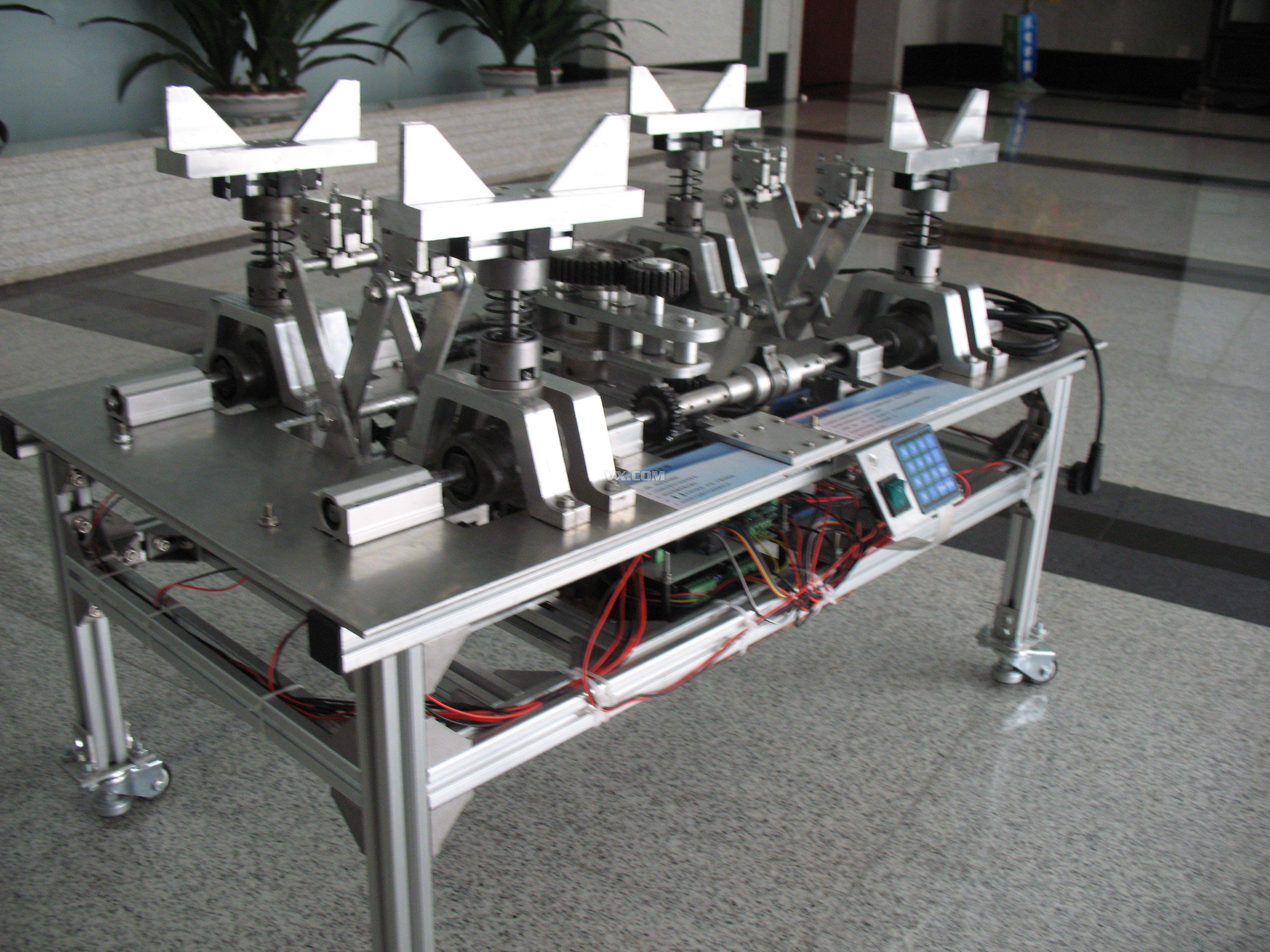 架模型动态展示台-第六届全国大学生机械创新设计大赛-全国决赛作品图片